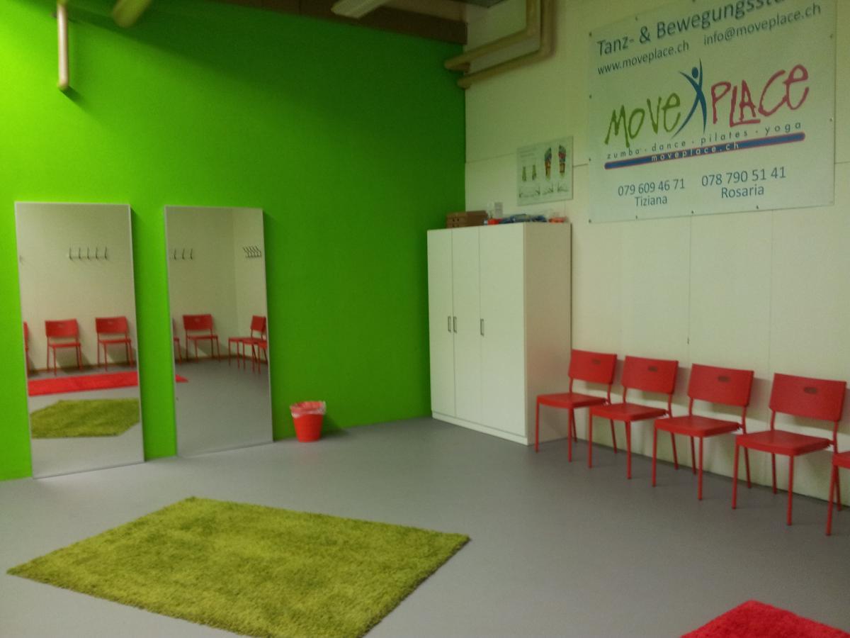 Moveplace tanz und bewegungsstudio hombrechtikon for Garderobe zumba